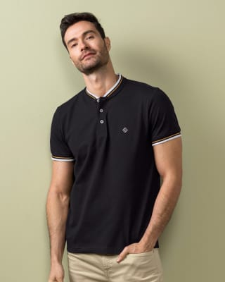 camiseta henley con bordado en frente silueta semiajustada-700- Black-MainImage