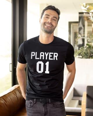 camiseta manga corta con estampado localizado para hombre-700- Negro-MainImage