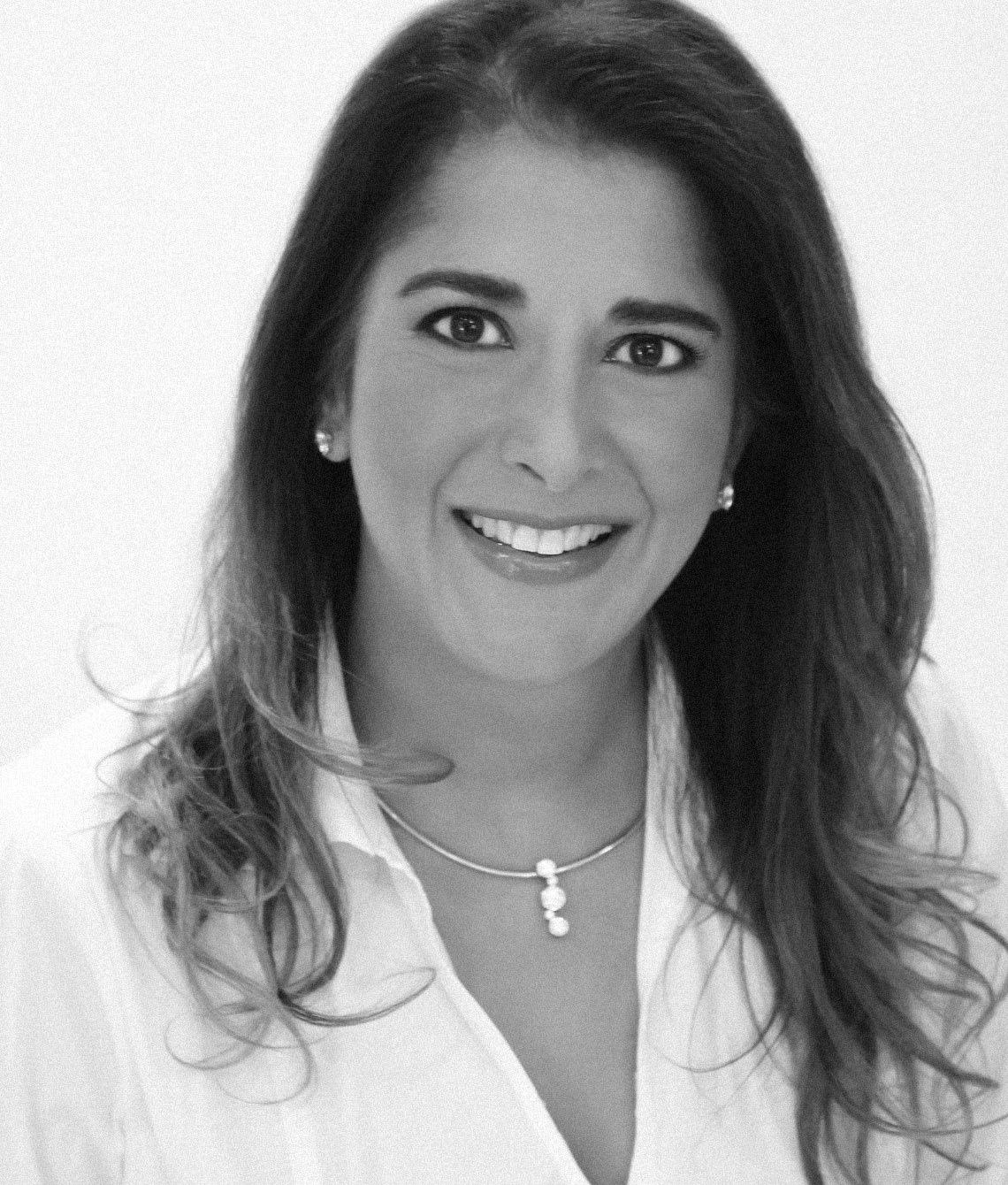 Dr. Julie Khanna