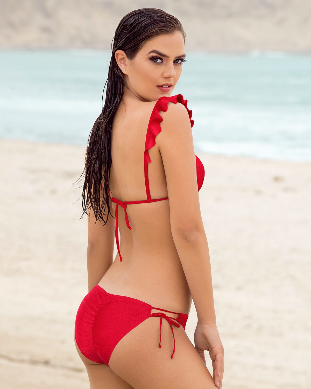 16bf3efac Bikini Triangular  Top Estilo Cortina y Boleros
