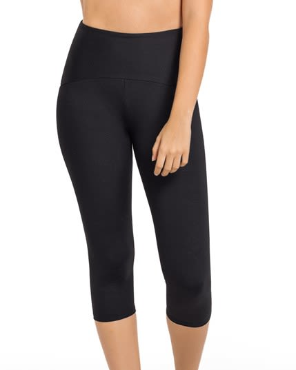 activelife power up moderate compression capri--MainImage