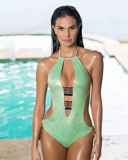 trikini triangular de escote profundo con elasticos bordados--MainImage