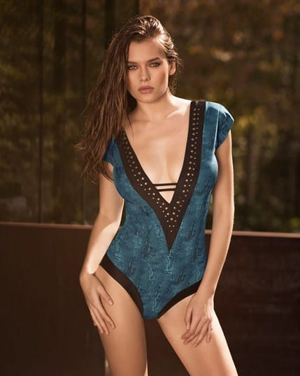 dreamy plunging neckline one-piece slimming swimsuit--MainImage