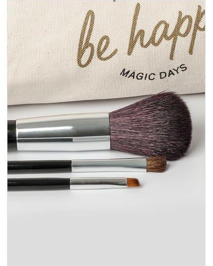 brochas de maquillaje con cosmetiquera--MainImage