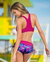 bikini triangular con broche delantero--AlternateView1