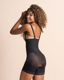 faja body short con realce de gluteos--MainImage