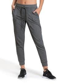 pantalon jogger de silueta amplia-717- Gray-MainImage