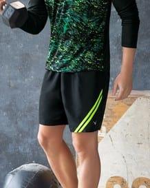 pantaloneta deportiva en tejido plano con bolsillos laterales-700- Black-MainImage