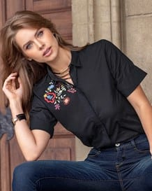 blusa manga corta negra-700- Black-MainImage