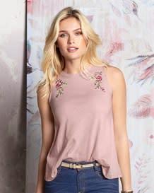 camiseta manga sisa cuello redondo detalle flores-180- Pink-MainImage