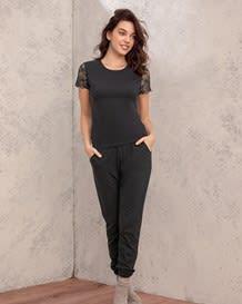pantalon capri con bolsillos delanteros y pretina ancha-700- Black-MainImage