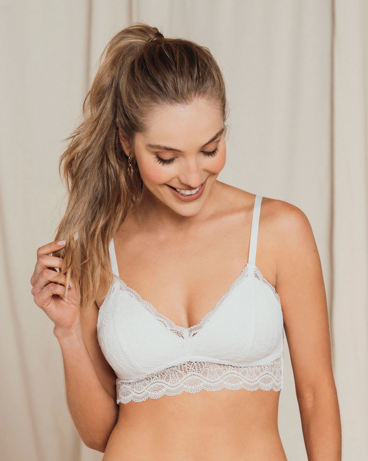 Lace Contour Wireless Bralette