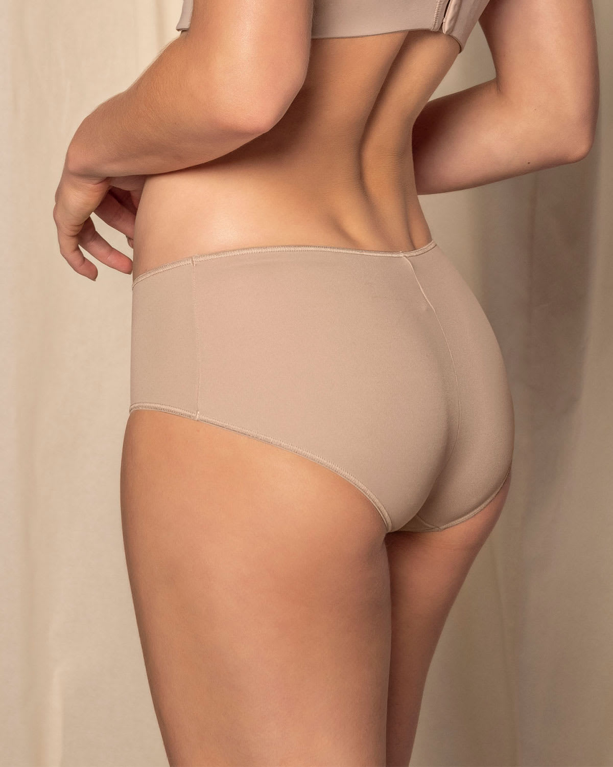 Low-Rise Hip Hugger Panty with Ultra-Flat Seams