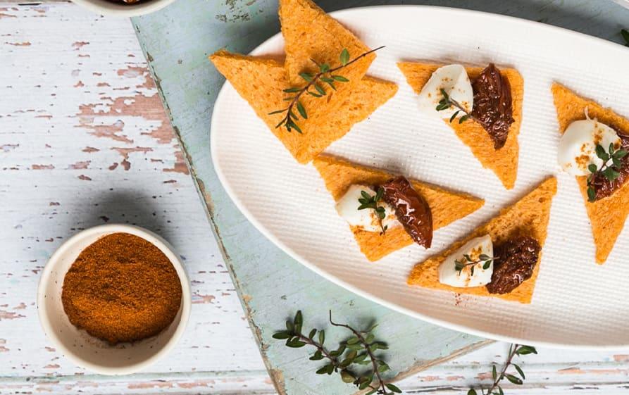 Tartines_aperitif_tomate_paprika