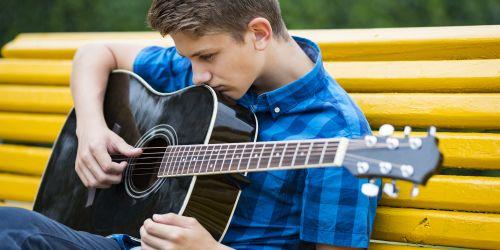 Titelbild von des Blogartikels Wie du verhinderst, dass Musikunterricht zum Alptraum wird