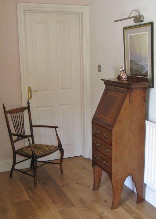 Antique Student's Bureau