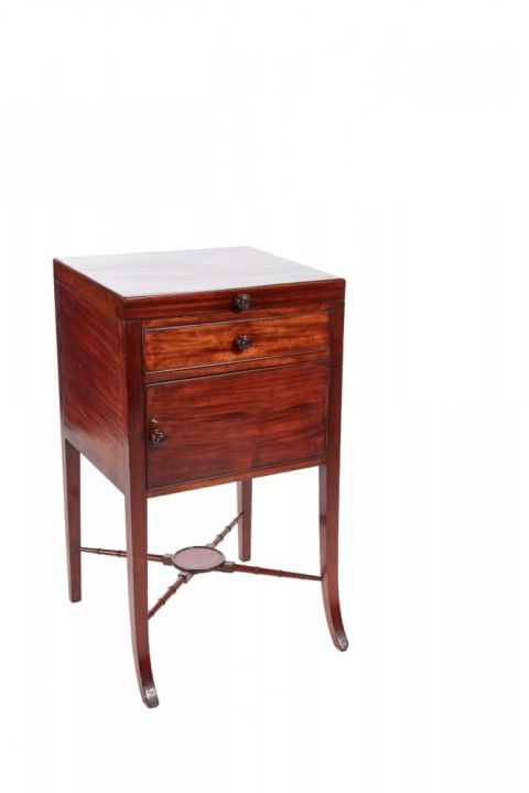 Unusual Georgian Mahogany Washstand
