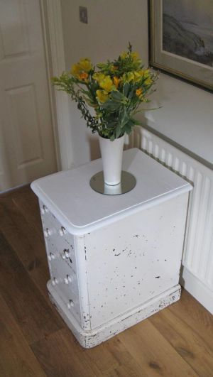 4 Drawer Pedestal Bedside Chest