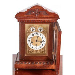 Antique Carved Oak 8 Day Mantel Clock
