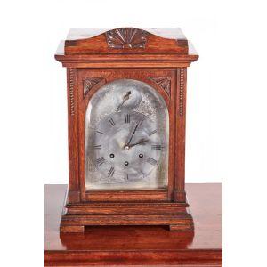 Antique Oak 8 Day Mantel Clock