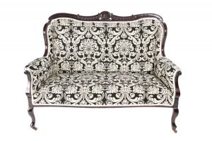 Fantastic Quality Victorian Carved Mahogany Settee C. 1880
