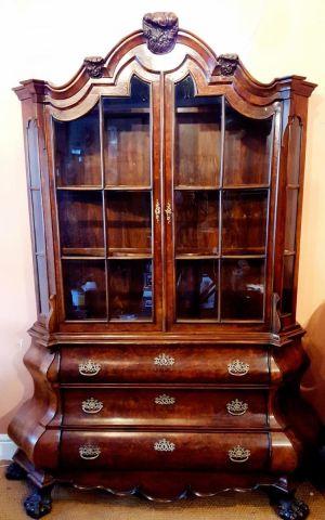 Walnut Veneered Dutch Bombee Display Cabinet Late 19th Century