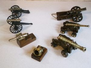 Group Of Seven Old Model Cannon.