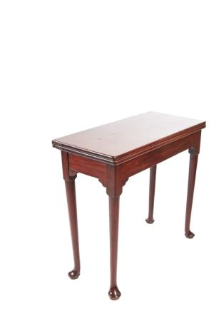18th Century Mahogany Tea/side Table