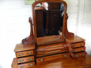 Mahogany Duchess Dressing Table