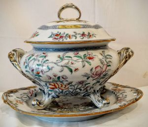 19th Century Soup Tureen Supplied By Thomas Pearce Ludgate London 1850
