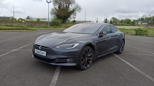 Tesla Model S FSD
