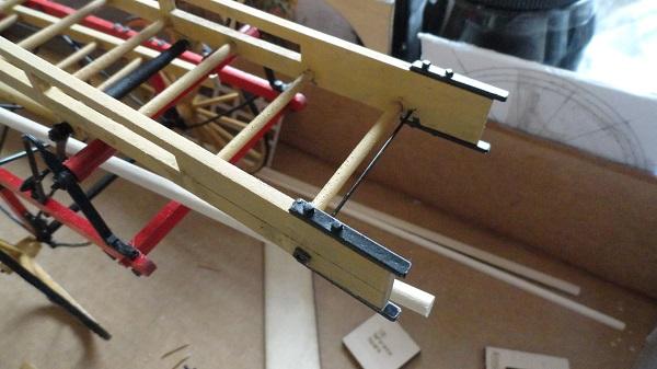 tail_end_fixings_lower_ladder_dna5ok.jpg