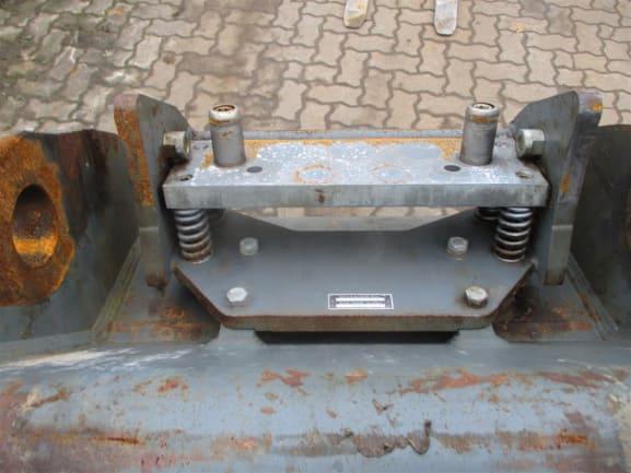 R936 NLC LI-1490-44518_11.jpg