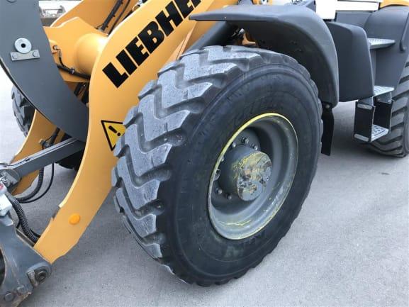 L518 N°51273 EX LLF (19).JPG