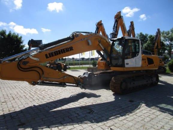 R926 LC LI-1488-44092_0.jpg
