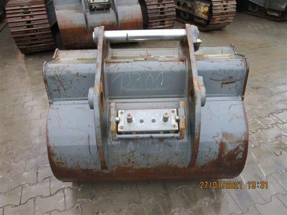 R922 LC-1379-44343_ (5).jpg