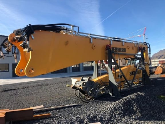 R950-Demolition (15).jpg
