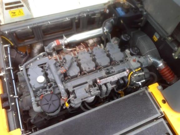 R956 LC LI-1476-44577_10.jpg