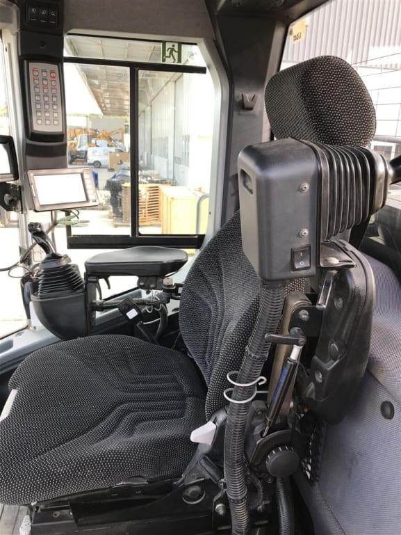 Cab2.JPG