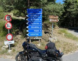 Colla di Langan à moto - Crédit : A. Peuple/Michelin