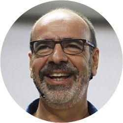 A portrait photo of Dr Stavros Ignatiou