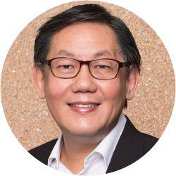 A portrait photo of Pastor Yang