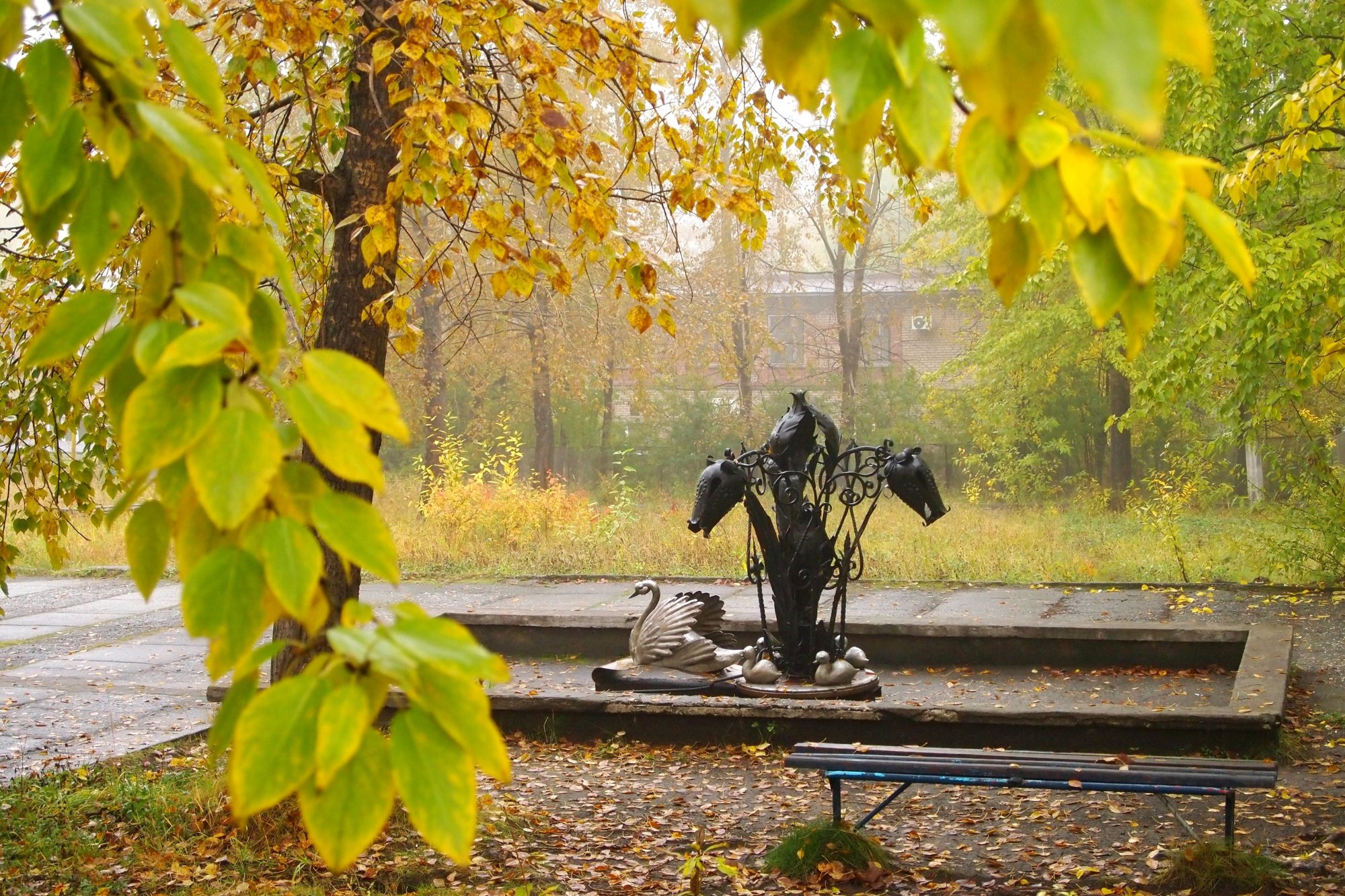 Фонтан «Тюльпаны» в Качканаре. Фото: Удинцева Т.А.