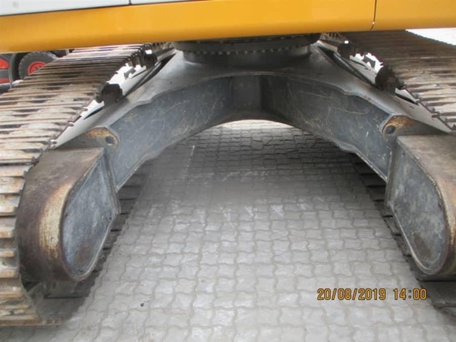 R946 NLC-1149-40880_15.jpg