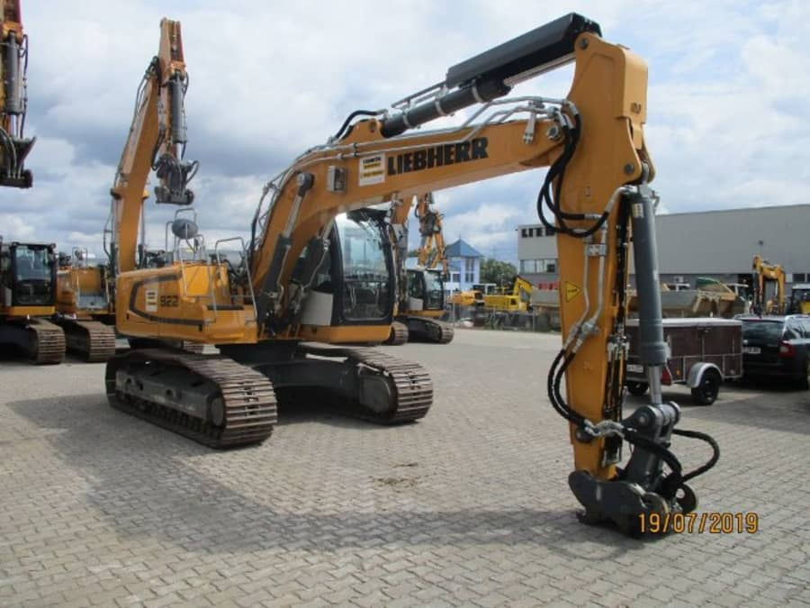 R922 LC-1379-42031_3.jpg