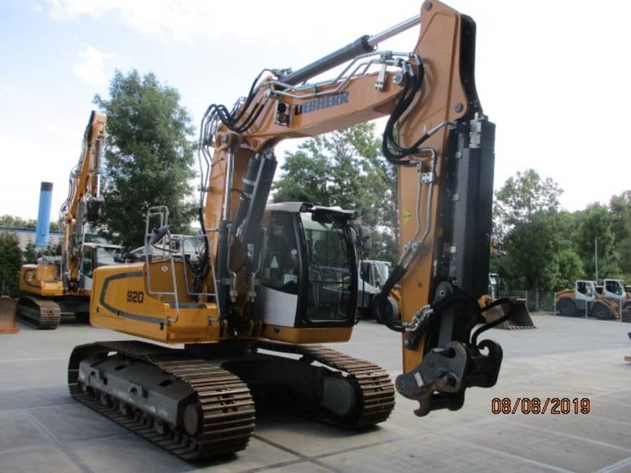 R920 LC-1310-42721_3.JPG