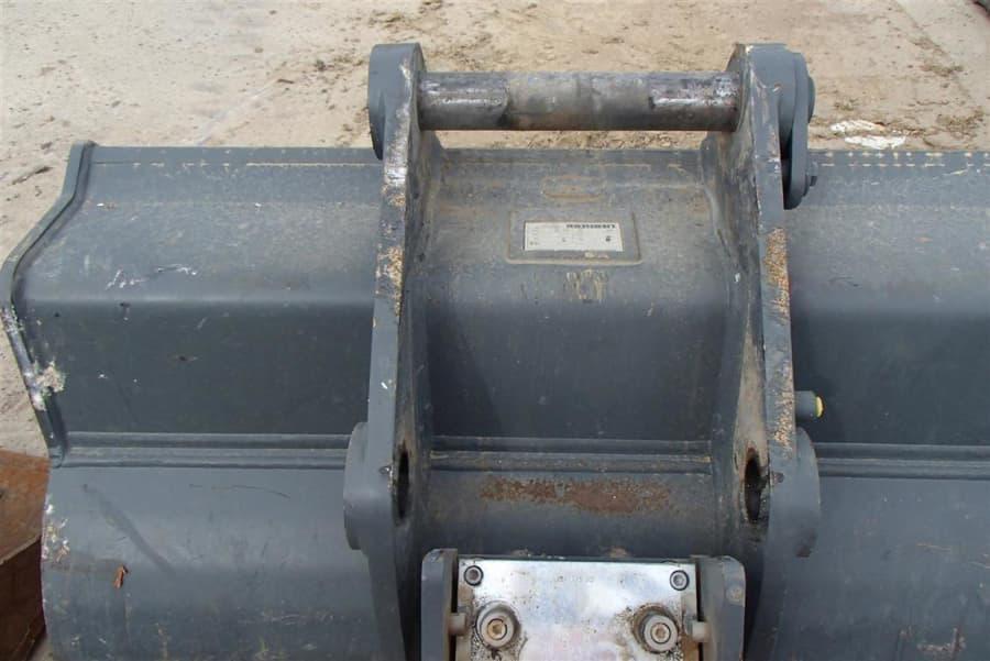 P1010001-2 (Large) (9) (Medium).JPG