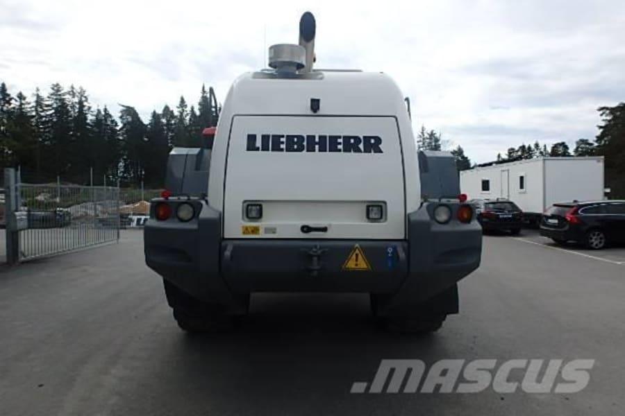 liebherr-l-586-2plus2,5e0dc093[1].jpg
