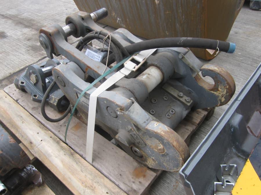 SWA48 hydr. Ident Nr. 9600758 (2).JPG