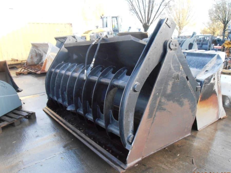 CAT 928G-KWLG00529_011.JPG